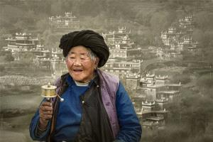 PhotoVivo Honorary Mention - Weimeng Shi (China) <br /> Happy Homeland
